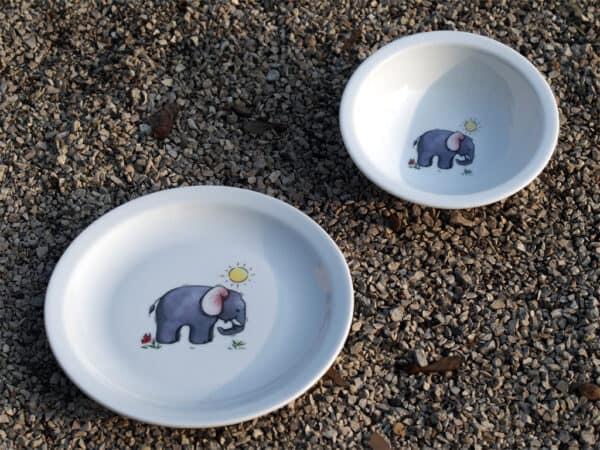 Elefant auf Teller und Schüssel Scandia für Kindergärten